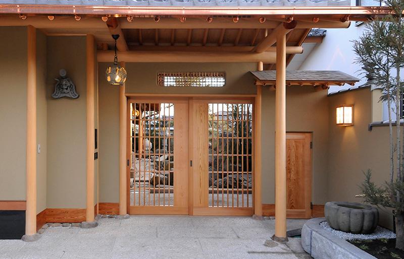 伝統の美を極めた数寄屋の家